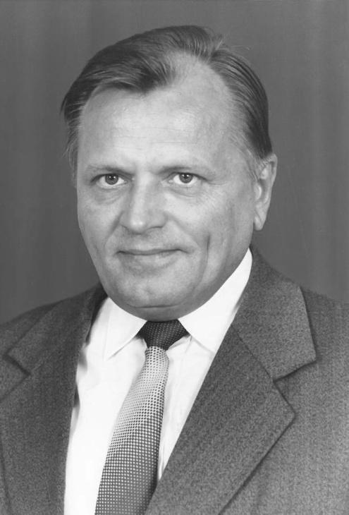 1978-tól Keresztúri István vezette az osztályt ... ac0989dd3d